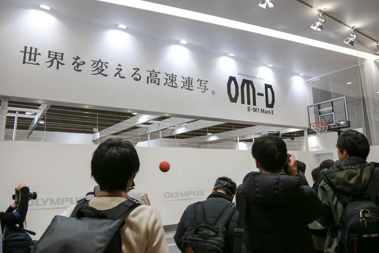 CP+2017(カメラ・写真のイベント)オリンパス OM-D E-M1 MarkII